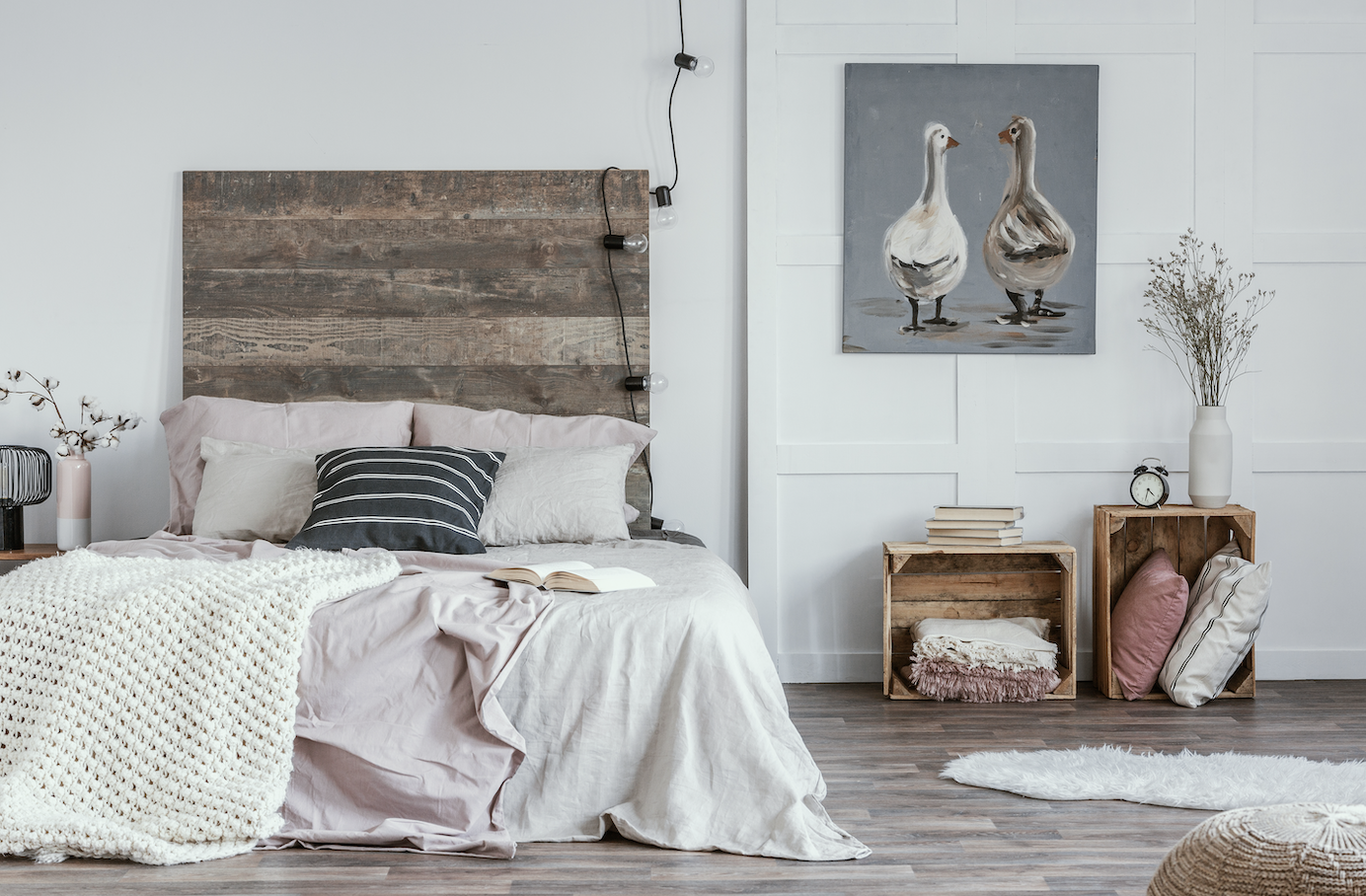 A rustic style bedroom with full bedding.