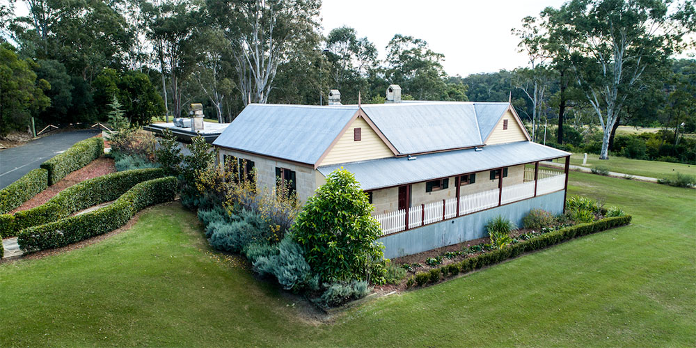 A classic Australian home built in the country